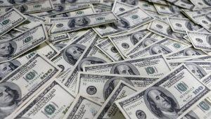 Capitais Brasileiros no Exterior - Declaração obrigatória para ativos acima de US$100 mil.