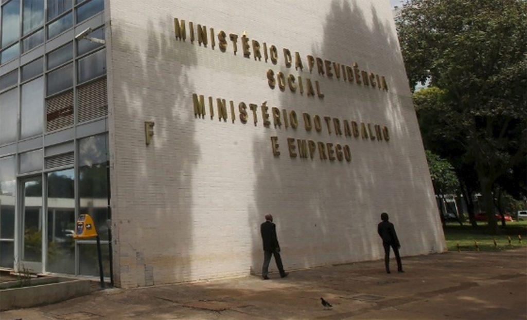 fim do ministério do trabalho
